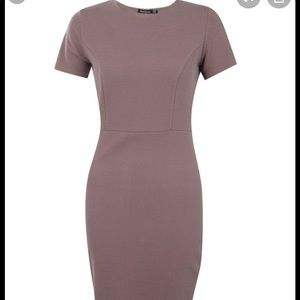 Midi dress with cap sleeve